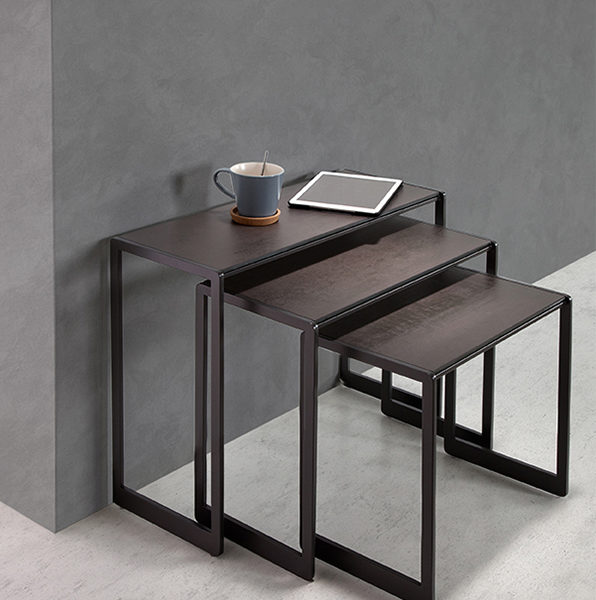 HYORIS TABLE. GIGOGNE AURA